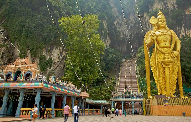 buvartura malajzia batu barlangok